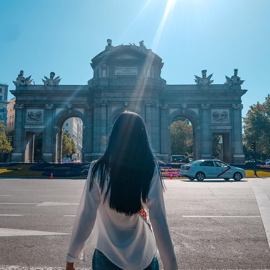 西班牙旅遊 馬德里 景點 zoeylinslife 阿爾卡拉門 Puerta de Alcalá