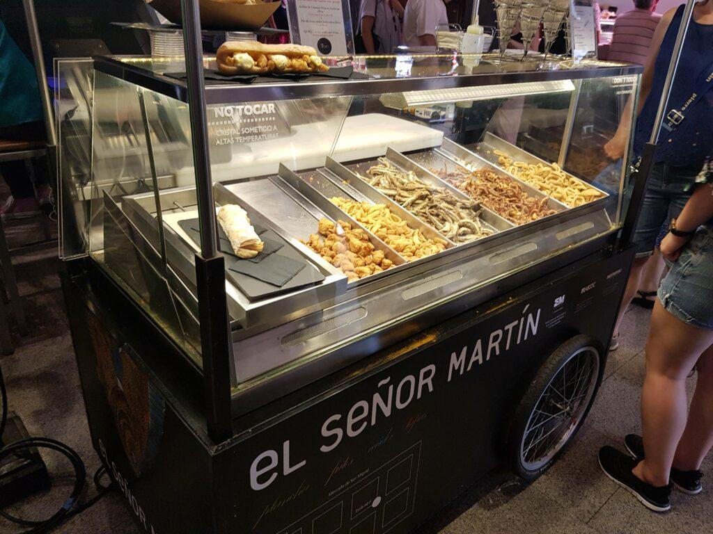 聖米格爾市場 Mercado de San Miguel 西班牙旅遊  馬德里 景點 zoeylinslife  Calamares 魷魚夾麵包