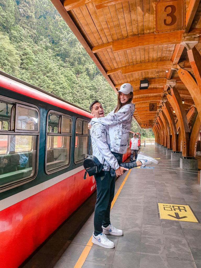zoeylinslife 阿里山 嘉義 台灣 阿里山車站