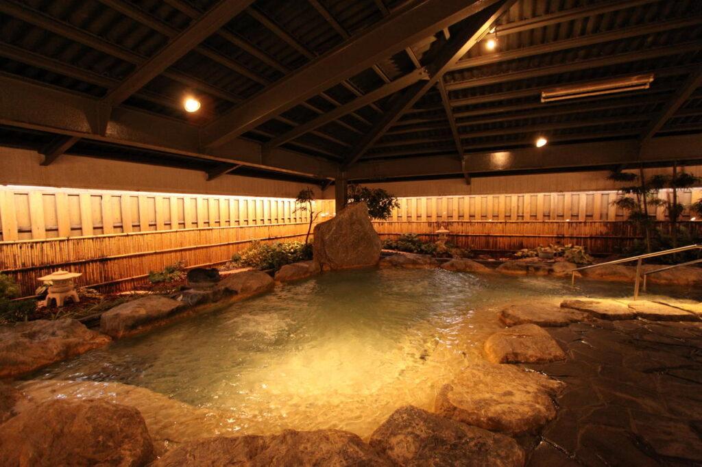 沖繩 自由行 住宿推薦  MAHAINA健康渡假飯店 浴場