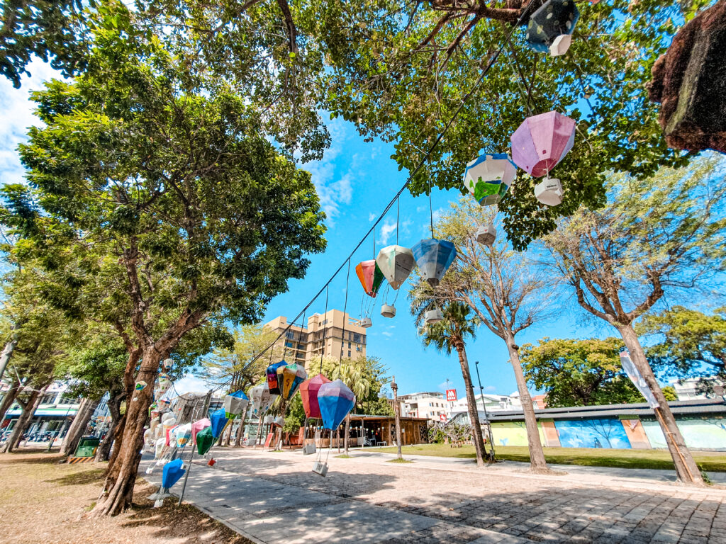 鐵花村 熱氣球燈籠