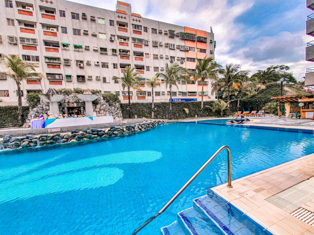 娜路彎大酒店的泳池