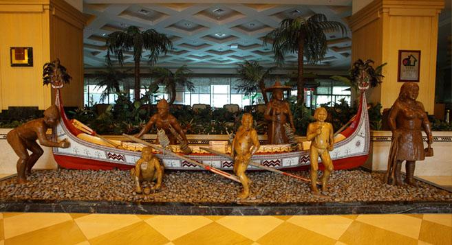 門口大廳的原民裝飾 娜路彎大酒店