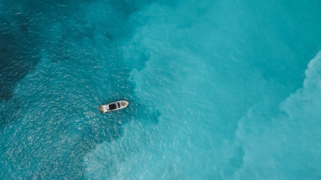 龜山島牛奶海域 空拍機 海洋女神號